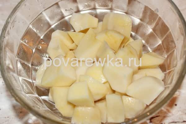Рассольник с перловкой и картошкой
