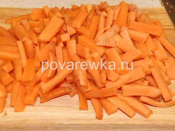 Постный плов с грибами и морковью