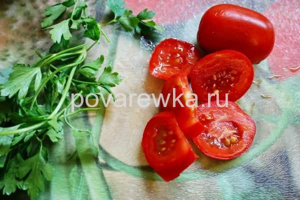 Форель в духовке с помидорами и сыром