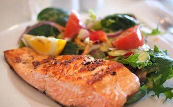 Рыба запеченная в духовке: пошаговые рецепты с фото