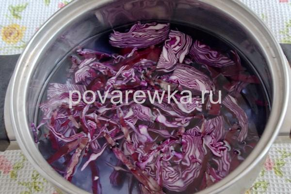 Как покрасить яйца на Пасху капустой