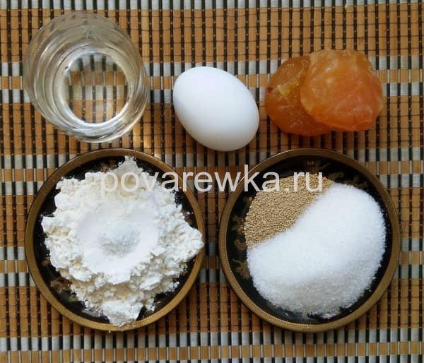 Ингредиенты для дрожжевого кулича