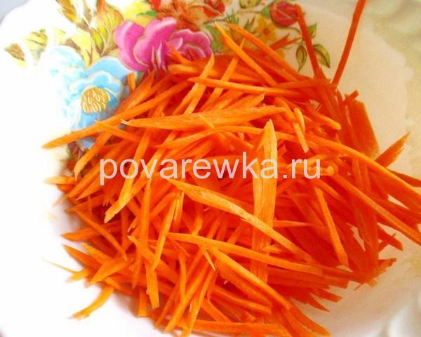 Маринованная капуста с морковкой