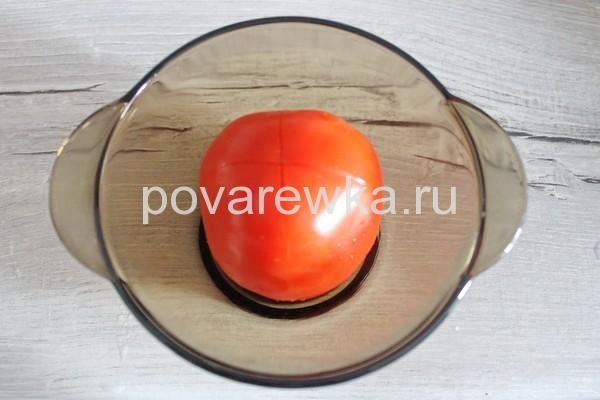 Тушеная капуста с мясом и помидором