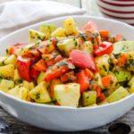 Овощное рагу с кабачками и картошкой на сковороде