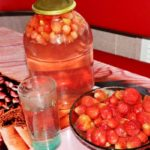 Компот из клубники на зиму на 3 литра - пошаговый рецепт