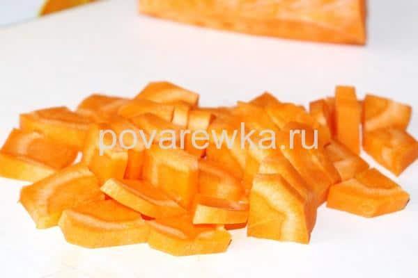 Овощное рагу с кабачками и морковью