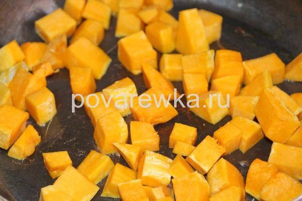 Овощное рагу с кабачками и картошкой на сковороде: рецепт с тыквой