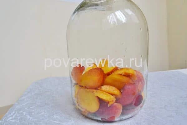 Компот из персиков на зиму без косточек