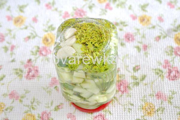 Салат из огурцов на зимубез масла и стерилизации