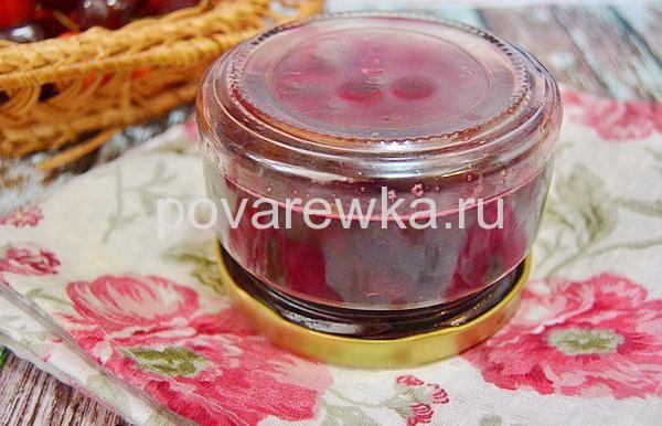 Варенье из черешни в литровых баночках