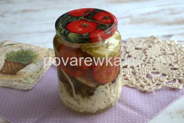 Салат на зиму из овощей кусочками в банке