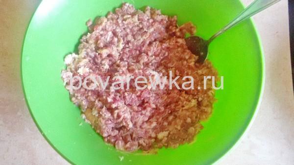 Фарш из свинины и говядины для котлет жареных на сковороде
