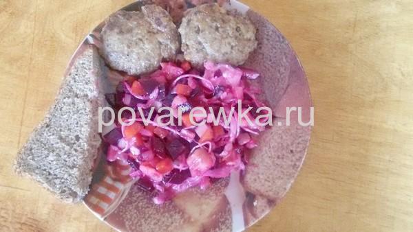 Котлеты из фарша свинины и говядины рецепт самый вкусный с хлебом