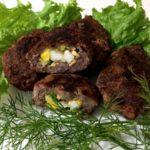 Котлеты с яйцом внутри рецепт с фото на сковороде