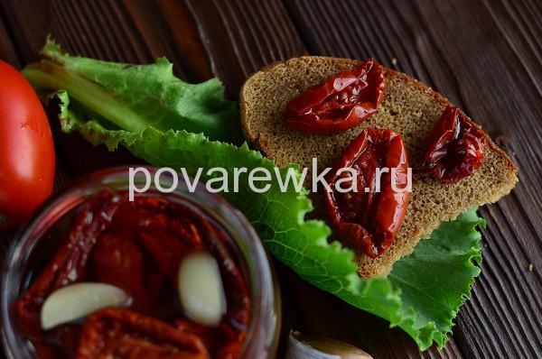 Рубленные котлеты из куриного филе: с вялеными помидорами
