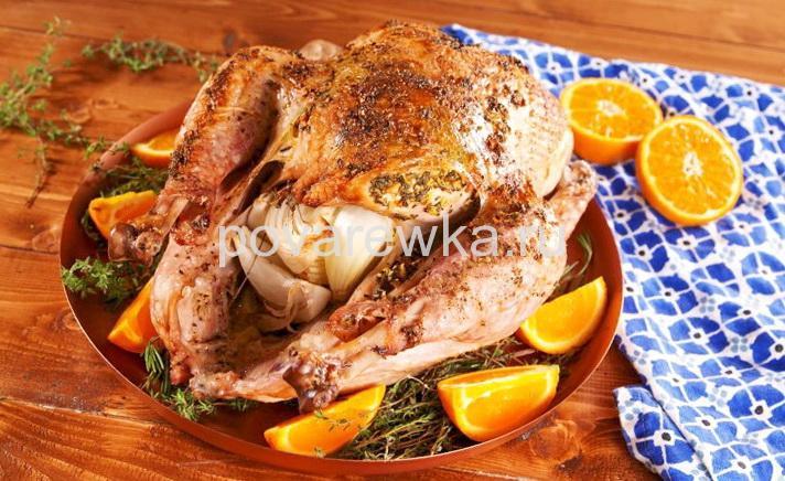 Индейка в духовке сочная и мягкая с чесноком и апельсинами