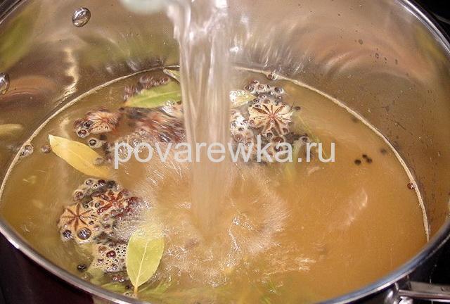 Индейка в духовке сочная и мягкая. маринад