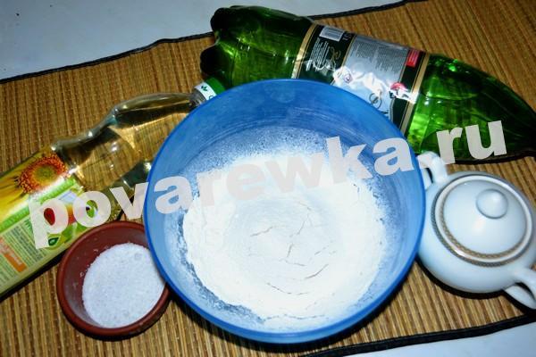 Блины на минералке тонкие с дырочками: ингредиенты