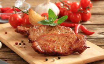Отбивные из свинины: рецепт с фото на сковороде сочно и вкусно