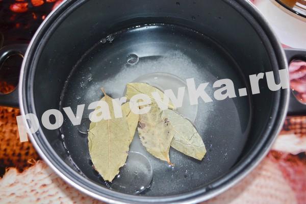 Как засолить скумбрию в домашних условиях с лавровым листом