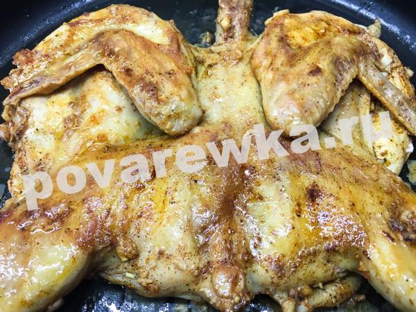 Цыплёнок табака: рецепт на сковороде под гнетом