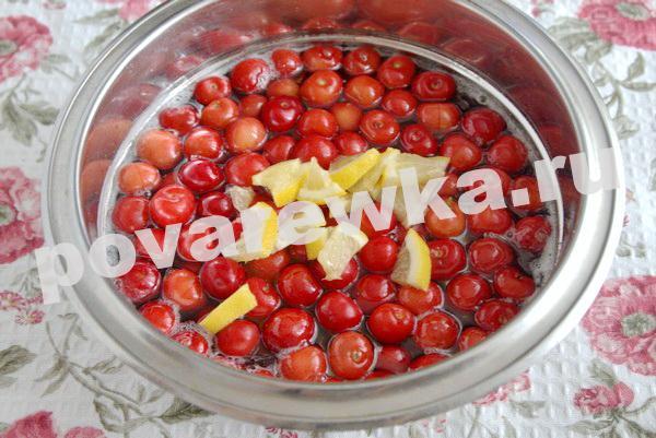 Варенье из черешни с косточками на зиму: простой рецепт с лимоном