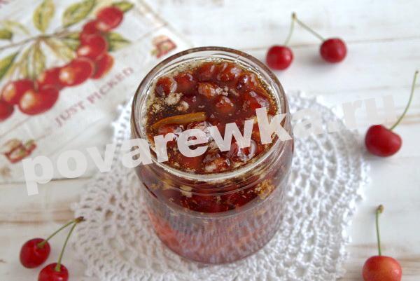 Варенье из черешни с косточками на зиму: вкусный и простой