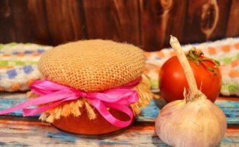 Кетчуп из помидоров на зиму: пальчики оближешь