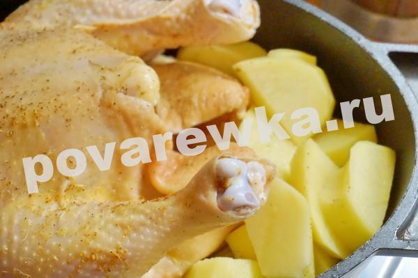 Курица в духовке с картошкой: в чугунной утятнице