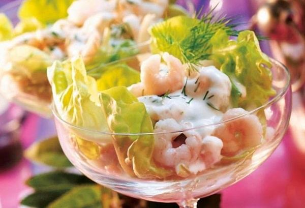 морской коктейль из морепродуктов