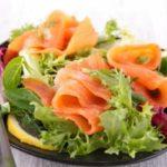 Салаты с семгой на Новый год 2021: простые и вкусные рецепты