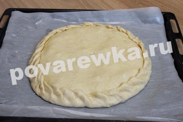 Закрытый мясной пирог с фаршем