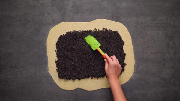 Дрожжевое тесто с маком